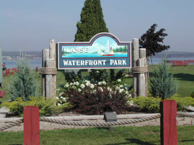 A sign welcomes visitors to the L'Anse Waterfront Park.