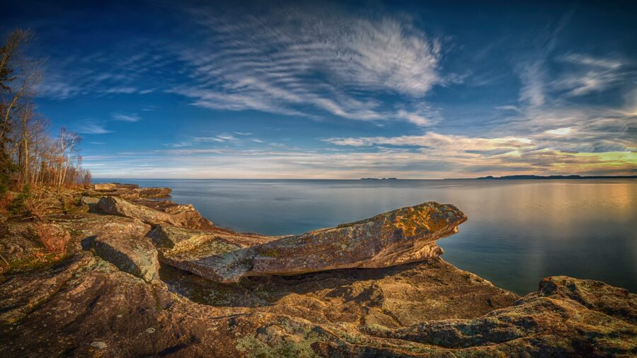 A view of a rocky shoreline overlooking Lake Superior